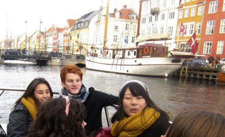 Provedi Školsku Godinu u Danskoj